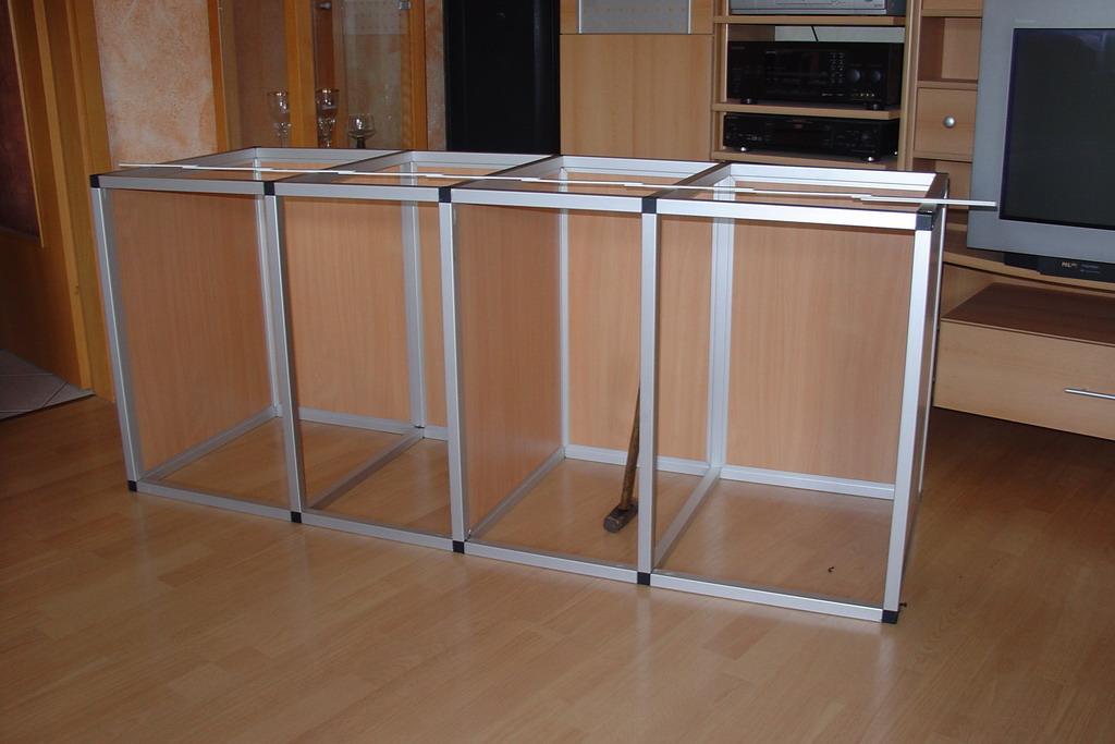 aquariengestell kunden stellen ihre aluminiumgestelle. Black Bedroom Furniture Sets. Home Design Ideas